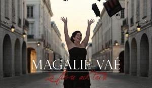 Clip : « La fièvre acheteuse » – Magalie Vaé